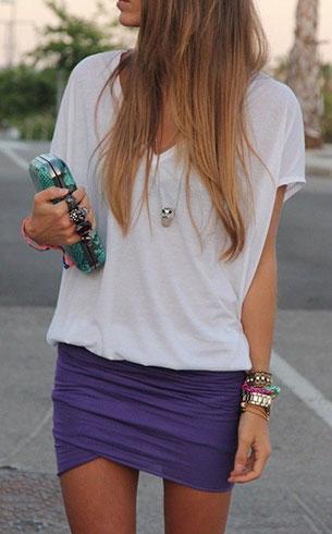 เสื้อขาว-กระโปรงสั้น-สีม่วง